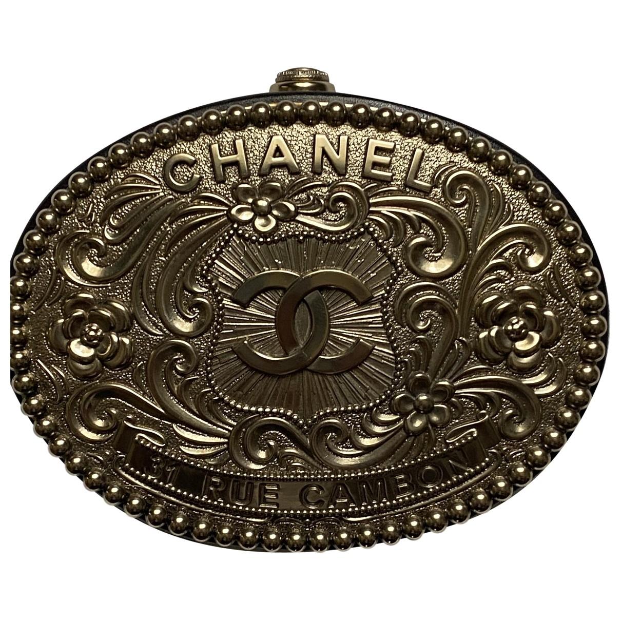 Chanel \N Silver Metal Clutch bag for Women \N