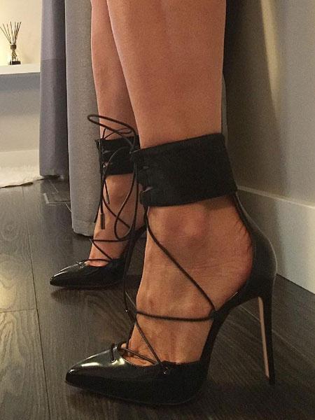 Milanoo Zapatos de tacon alto de color negro con cordones, tacones puntiagudos, bombas de tobillo