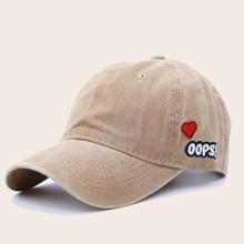 Baseball Hut mit Herzen Stickereien