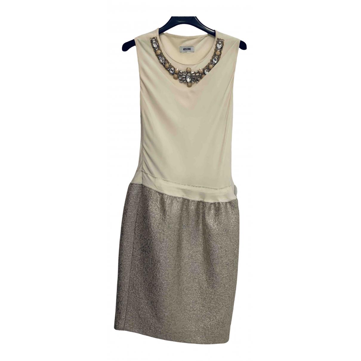 Moschino \N Kleid in  Beige Viskose