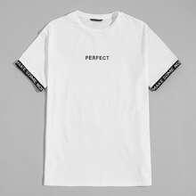 T-Shirt mit Buchstaben Muster und Buchstaben Grafik