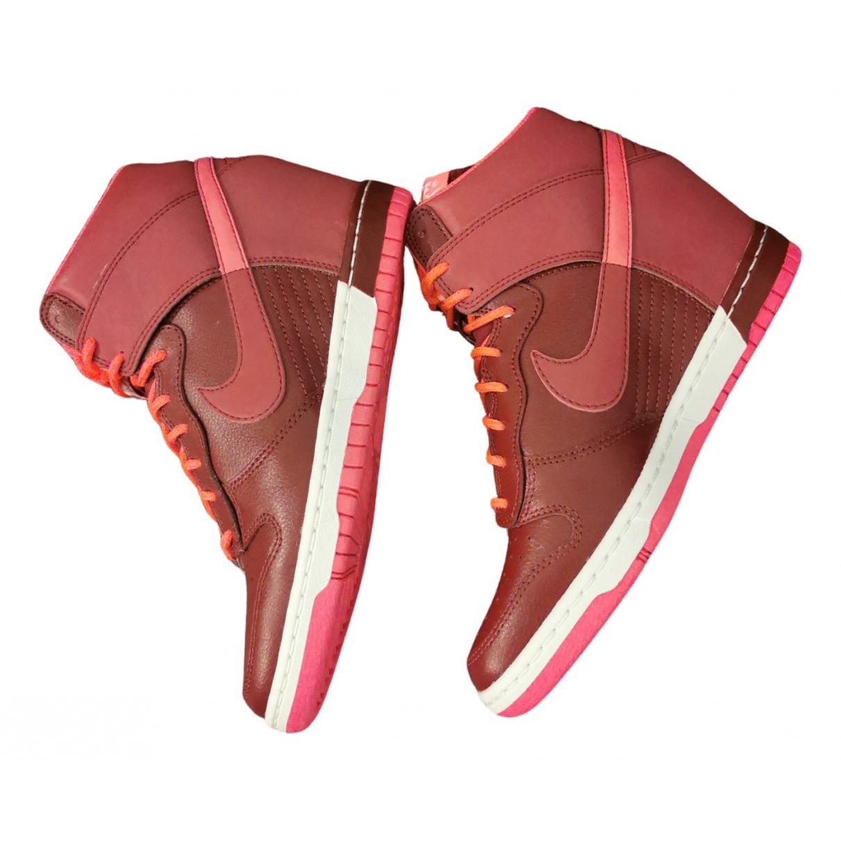 Nike - Baskets   pour femme en cuir - bordeaux