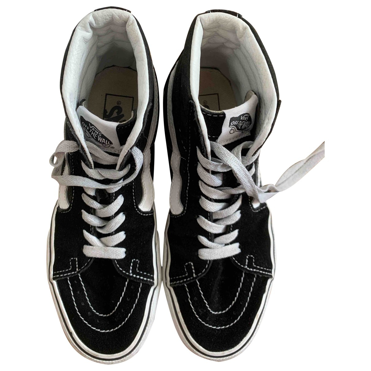 Vans \N Sneakers in  Schwarz Veloursleder
