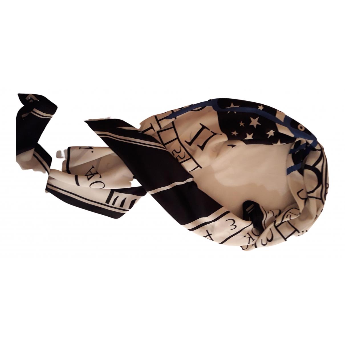 Louis Vuitton N Black Silk scarf for Women N