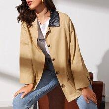 Mantel mit Taschen Klappen vorn und Guertel
