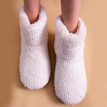 Minimalist Wide Fit Slippers
