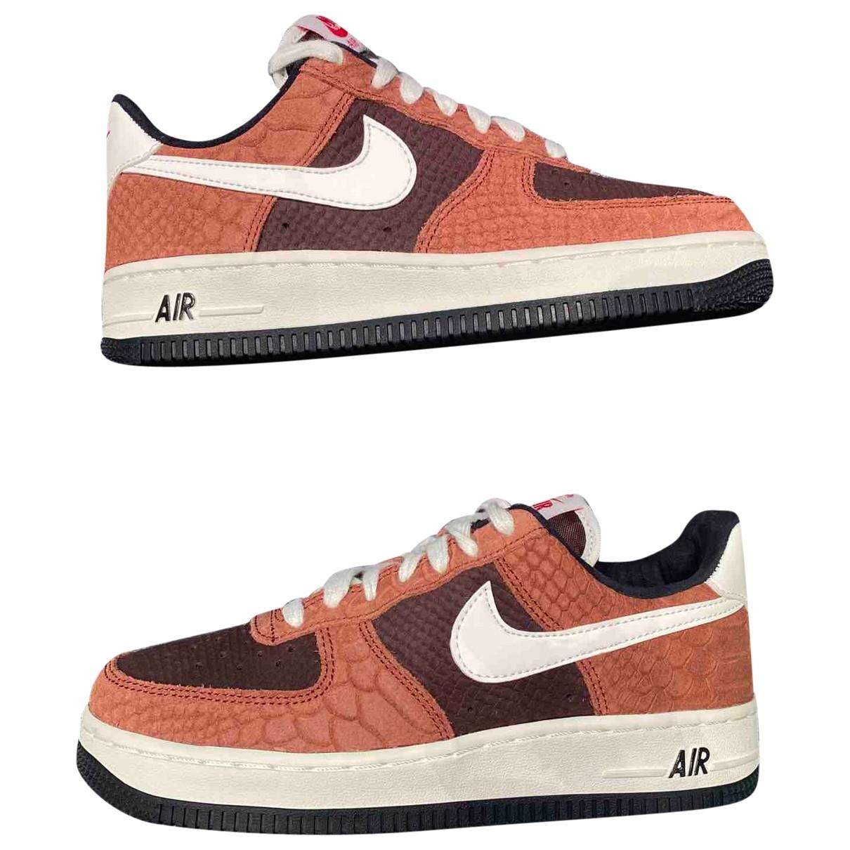 Nike Air Force 1 Sneakers in  Braun Leder