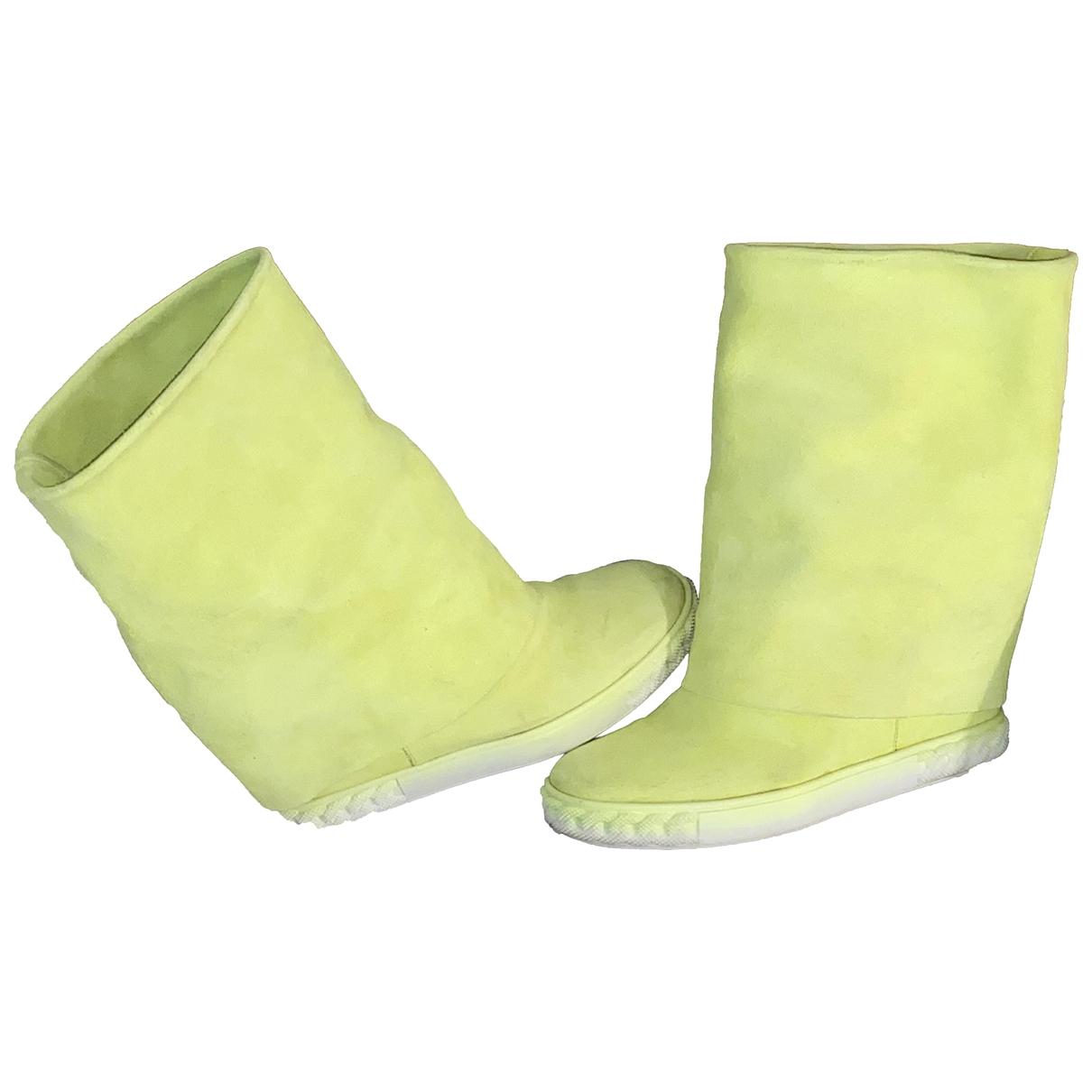 Casadei - Bottes   pour femme en suede - jaune