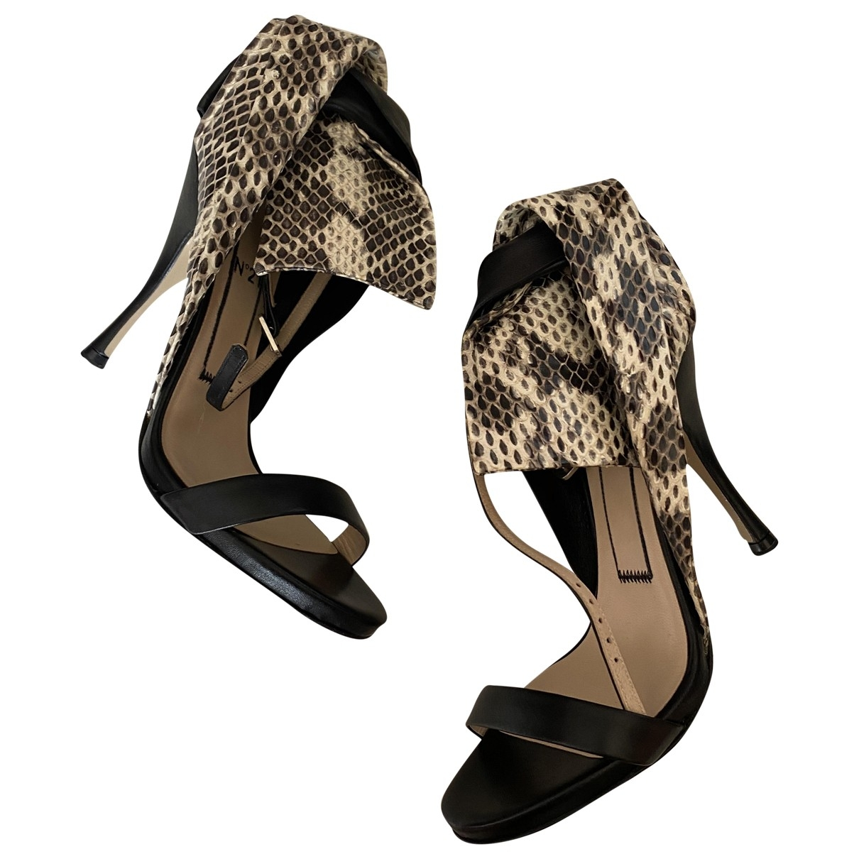 N°21 - Sandales   pour femme en cuir - noir