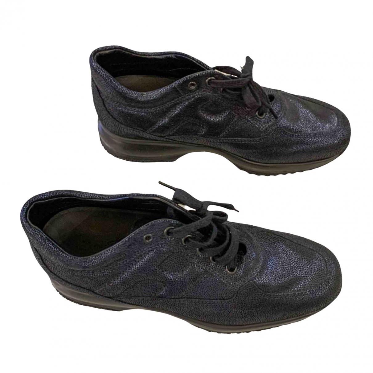 Hogan \N Sneakers in Lackleder