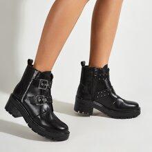 Stiefel mit Schnalle Dekor