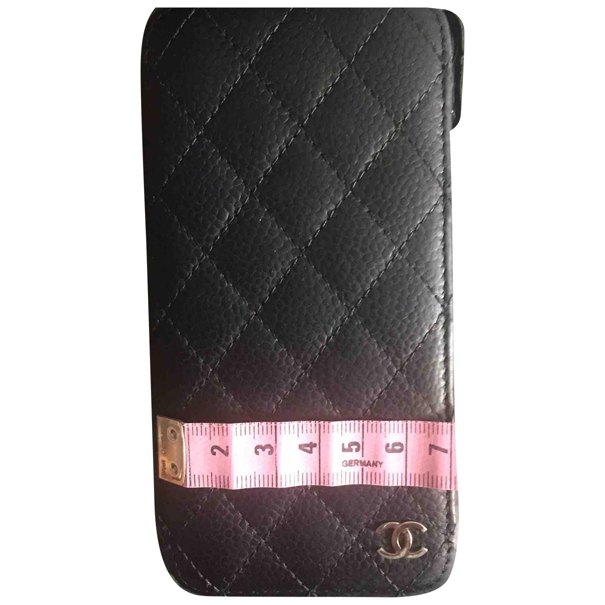 Funda iphone de Cuero Chanel