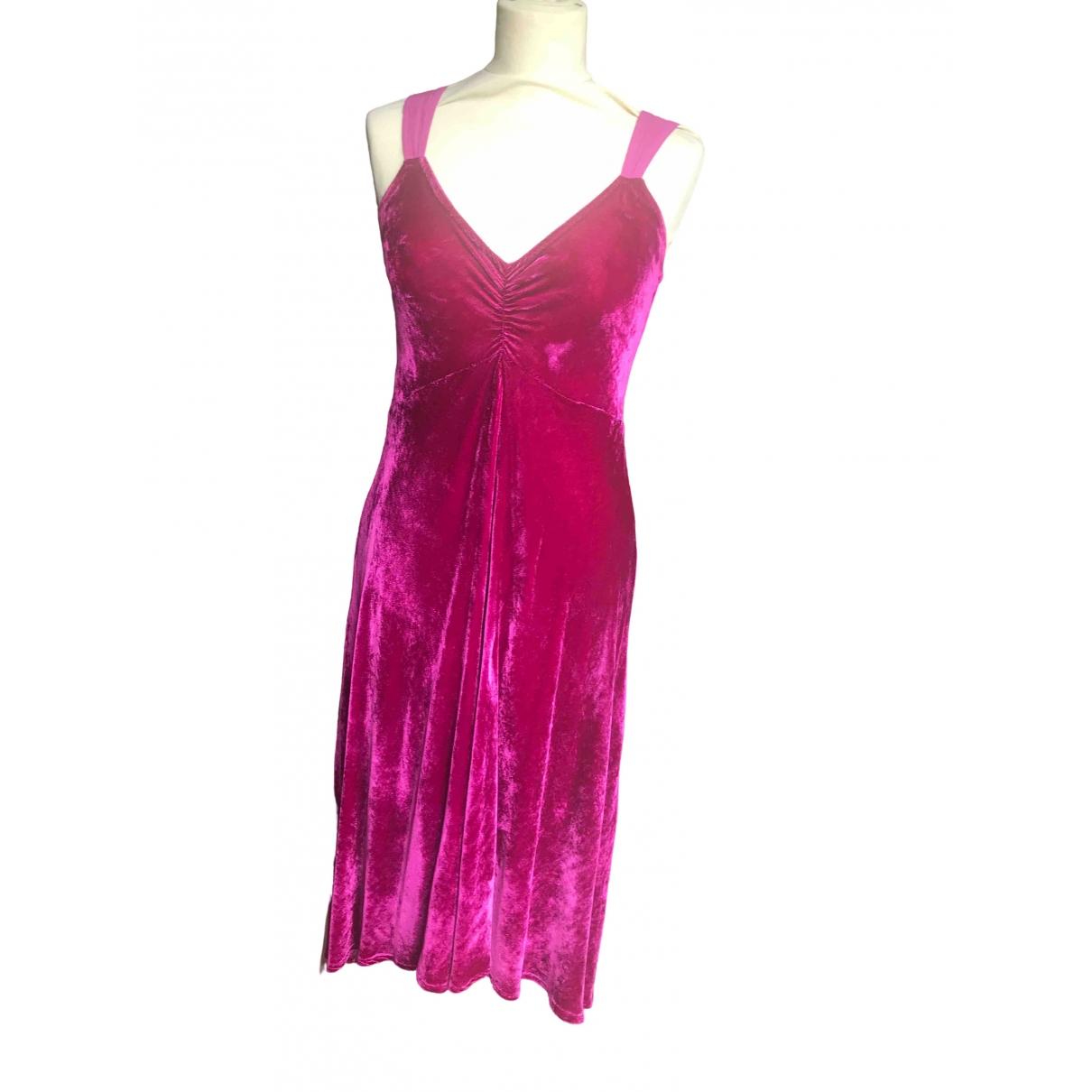 Ghost London \N Kleid in  Rosa Samt