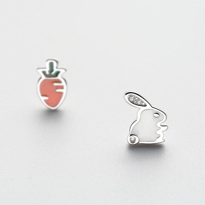 925 Sterling Silver Cute Asymmetric Rabbit Carrot Stud Earrings Trendy Zirconia Piercing Earrings