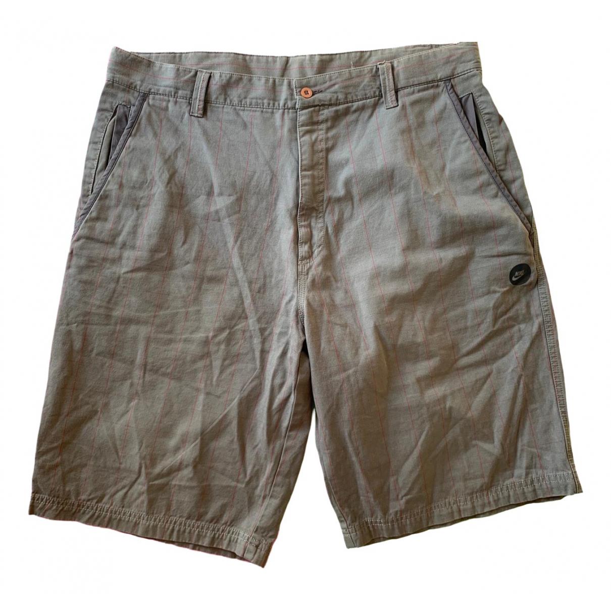 Nike \N Shorts in  Grau Synthetik
