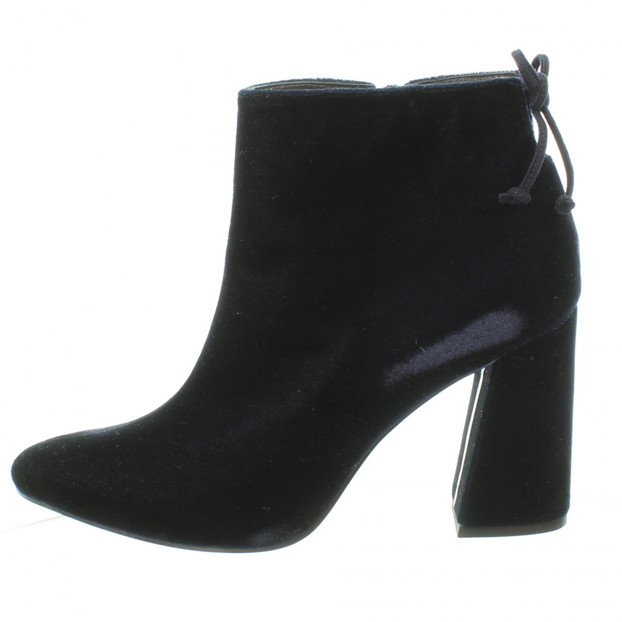 Stuart Weitzman \N Navy Velvet Ankle boots for Women 8.5 US
