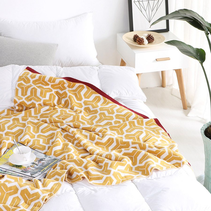 Geometric Pattern Fall Spring Season Cotton Material Blanket