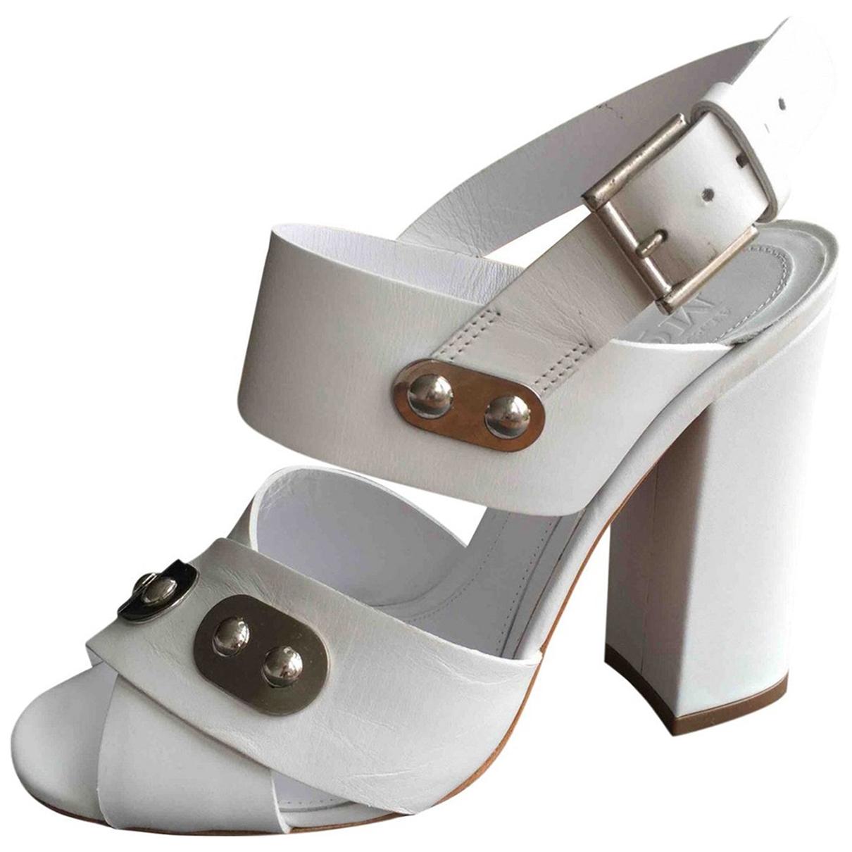 Alexander Mcqueen - Sandales   pour femme en cuir - blanc