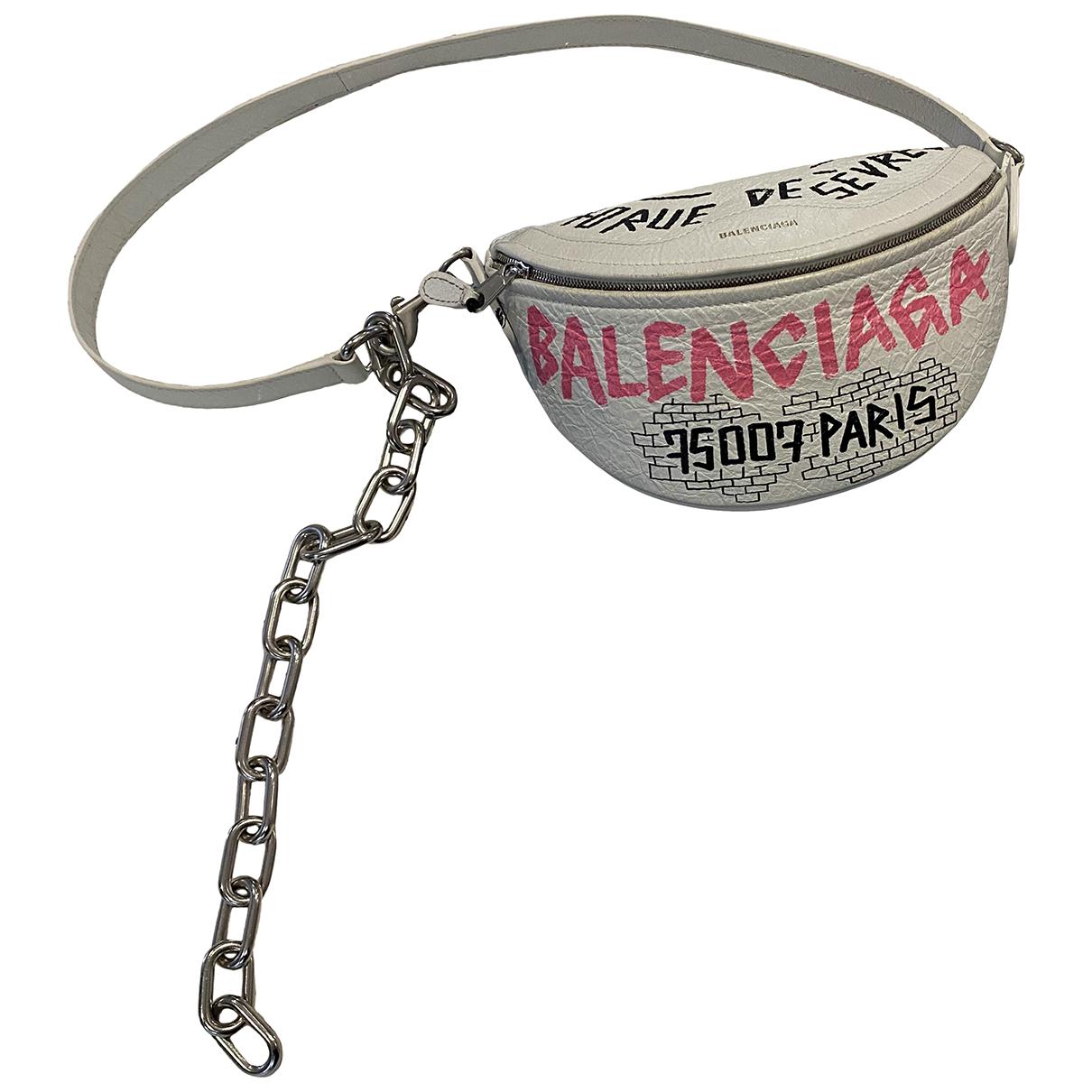 Balenciaga \N Clutch in  Weiss Leder