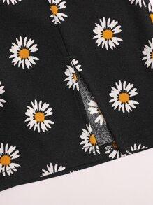 Split Hem Daisy Floral Skirt