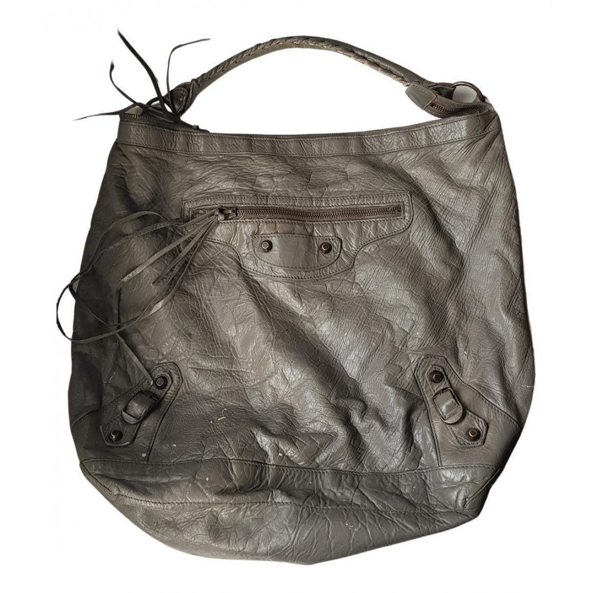 Balenciaga Courier XL Handtasche in  Grau Leder
