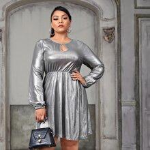 Plus Keyhole Neckline Bishop Sleeve Metallic Dress