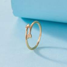 Ring mit Pfeil Design