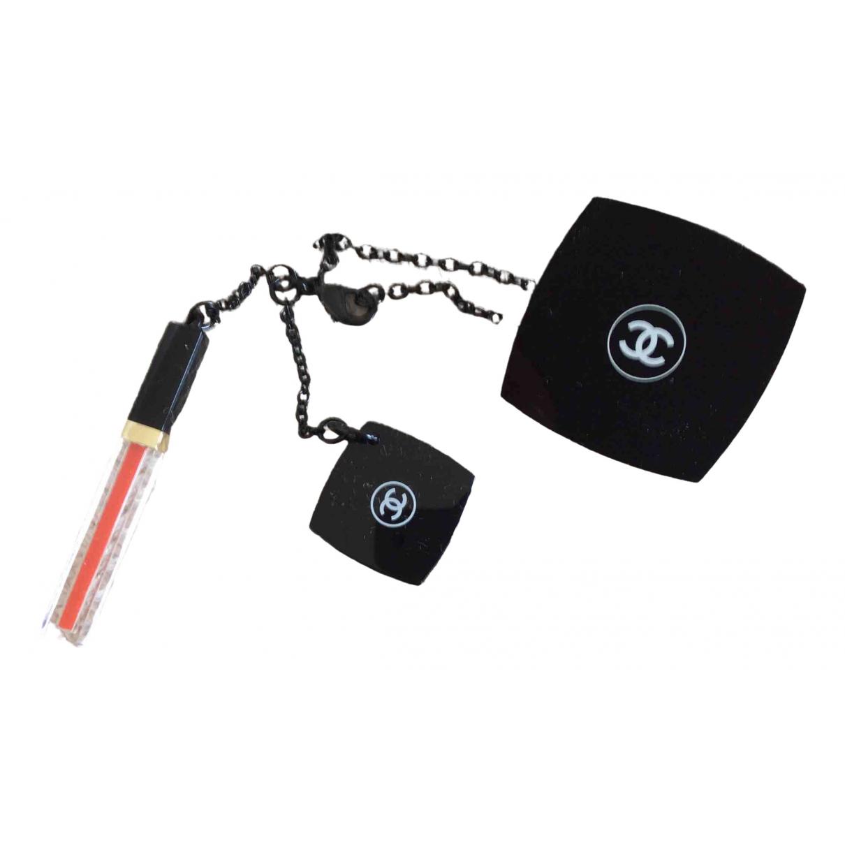 Chanel \N Brosche in  Schwarz Kunststoff