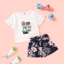 Toddler Girls Slogan Graphic Tee & Floral Belted Shorts