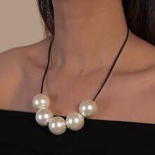 Faux Pearl Decor Necklace