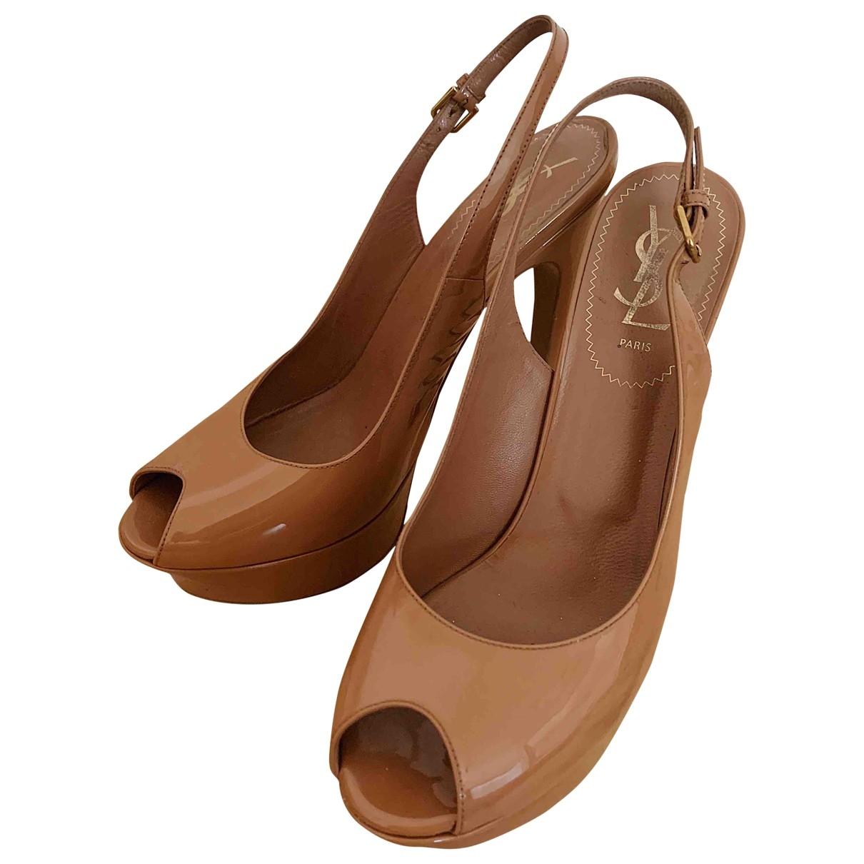 Yves Saint Laurent \N Beige Patent leather Heels for Women 39 EU