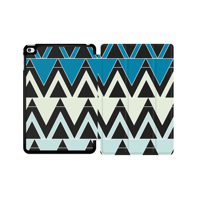 Apple iPad mini 4 Tablet Smart Case - Blue Triangles von caseable Designs