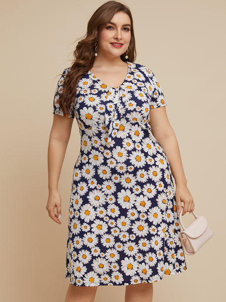 YOINS Plus Size Navy Floral Print V-neck Short Sleeves Dress