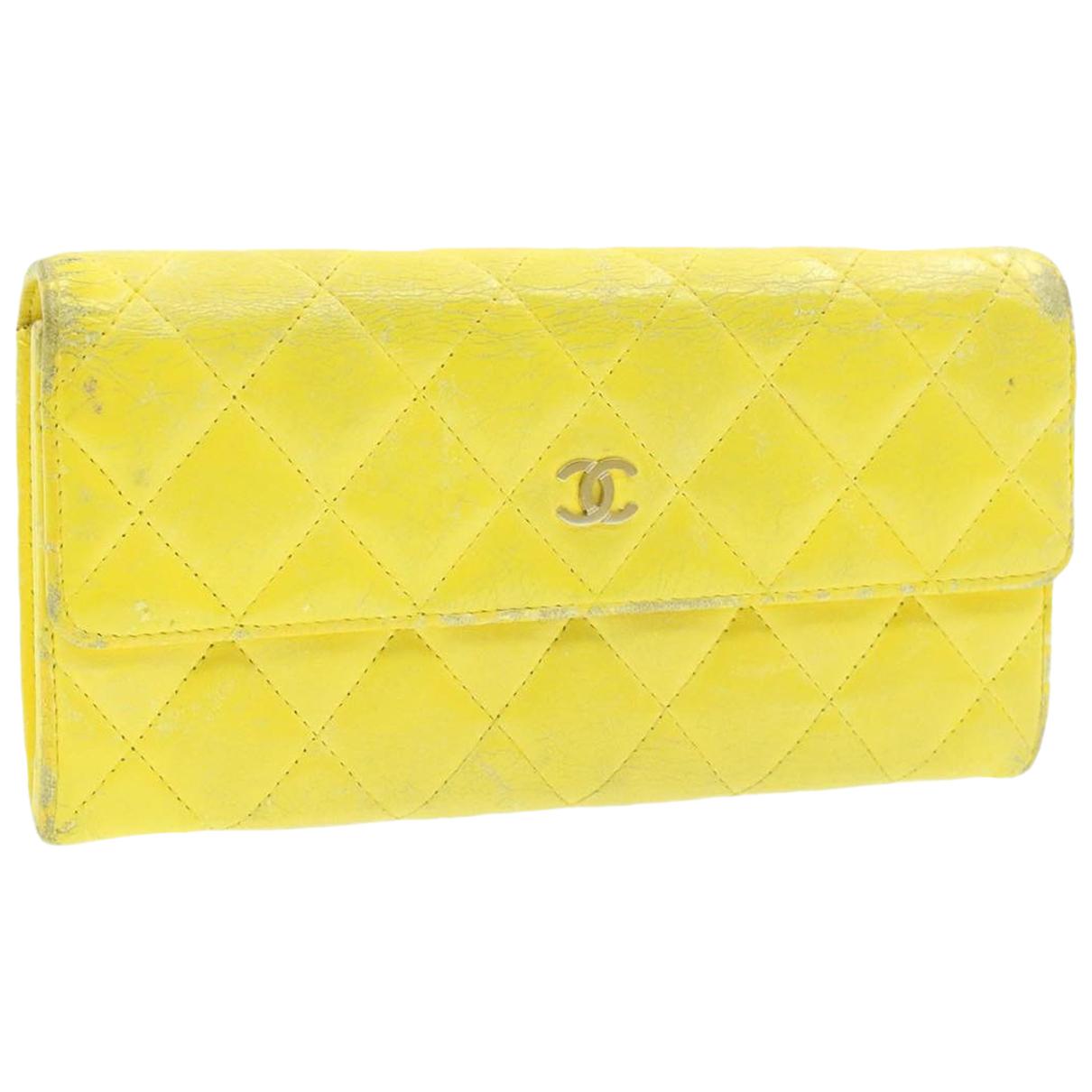 Chanel - Foulard   pour femme en autre - jaune