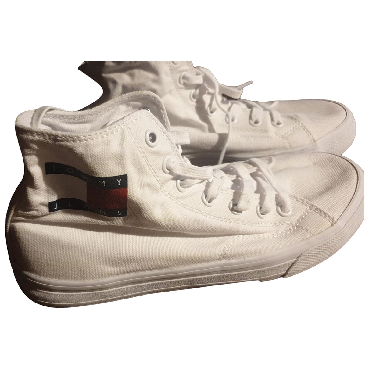 Tommy Hilfiger \N Sneakers in  Weiss Leinen