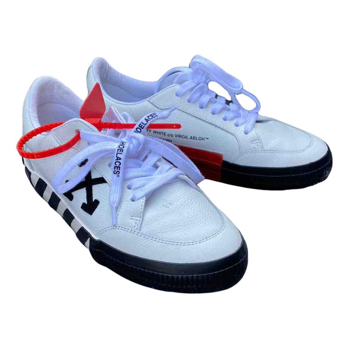 Off-white Low Top Sneakers in  Weiss Leder