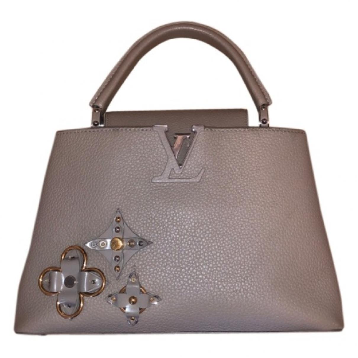 Louis Vuitton Capucines Beige Leather handbag for Women \N