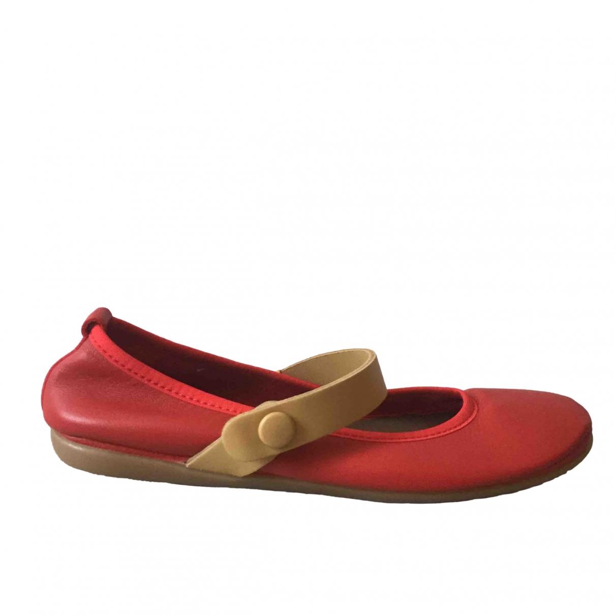 Marni \N Ballerinas in  Rot Leder