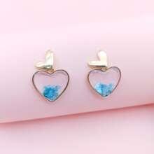 Ohrringe in Herzenform