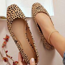Zapatillas ballet de ante sintetico con estampado de leopardo