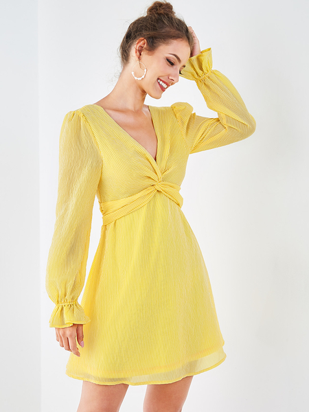 YOINS Yellow Backless Design Stripe Twisted Long Sleeves Dress