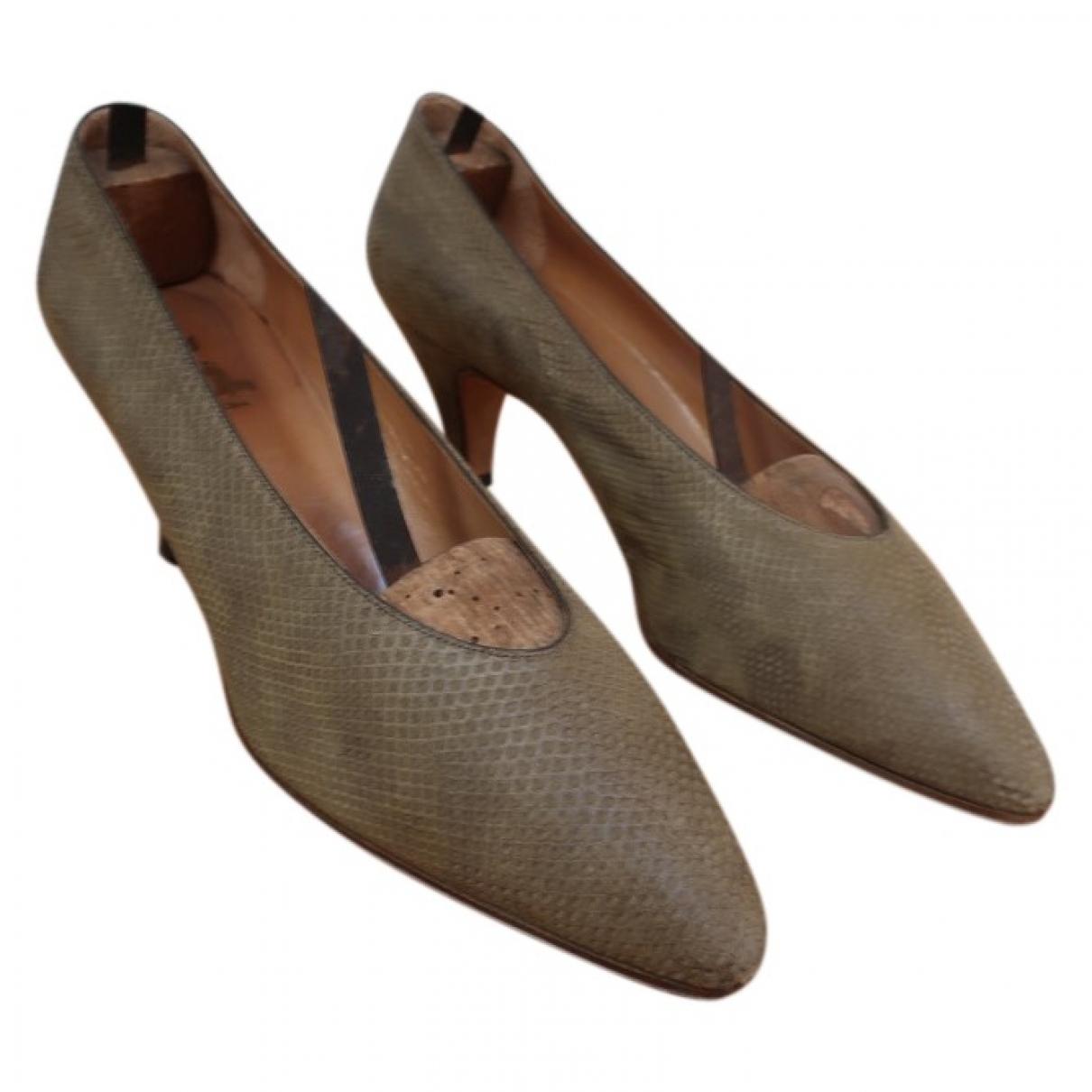 Hermès \N Green Varan Heels for Women 8 US