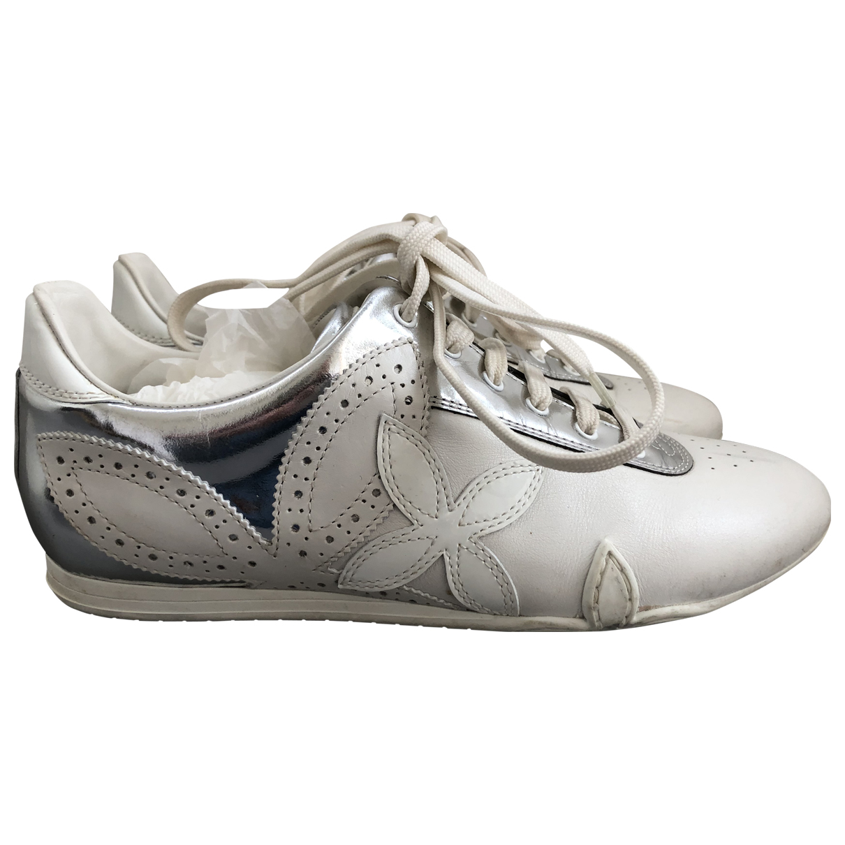 Louis Vuitton \N Sneakers in  Weiss Leder