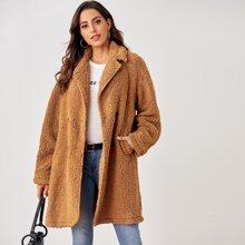 Abrigo teddy de cuello V