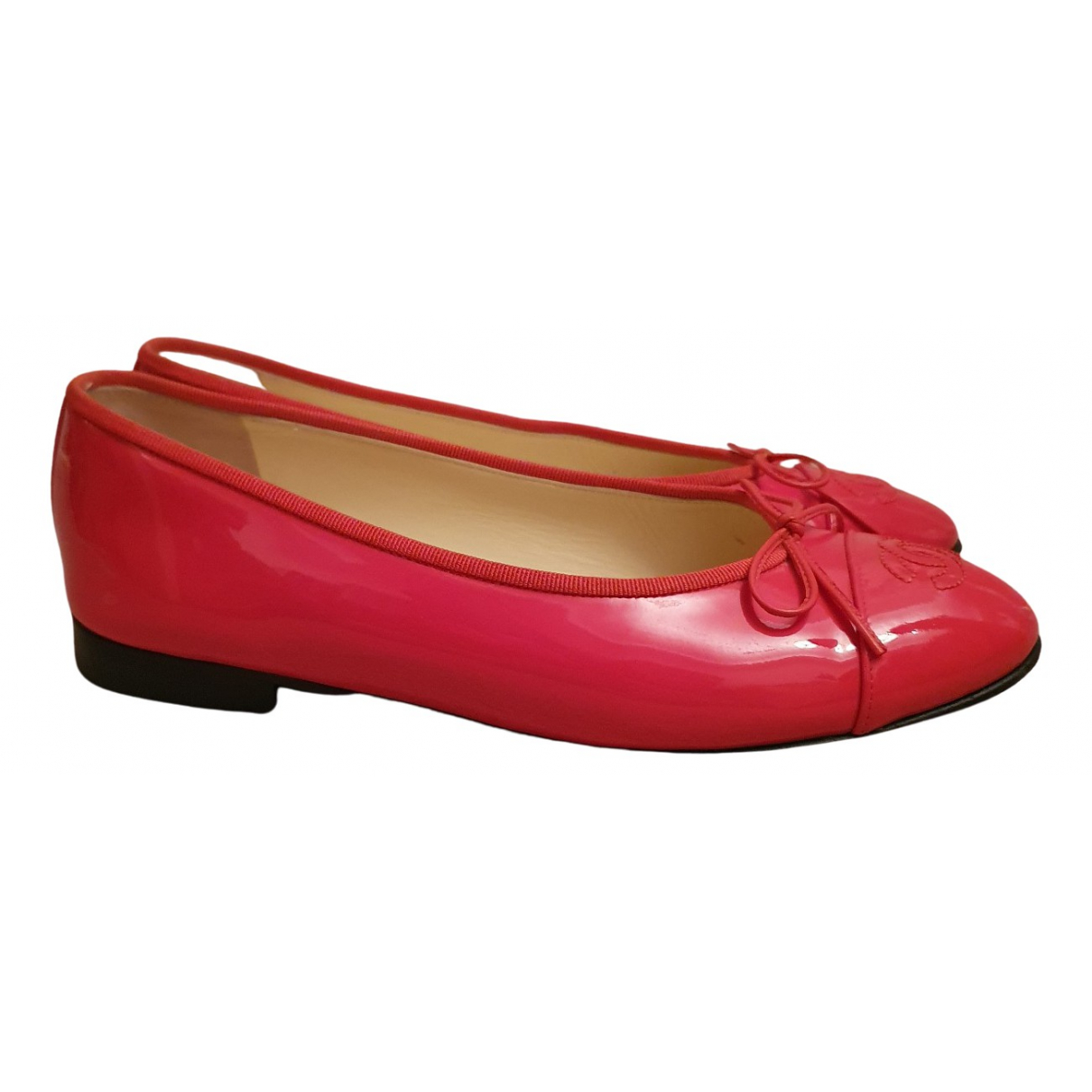 Chanel N Red Patent leather Ballet flats for Women 38.5 EU