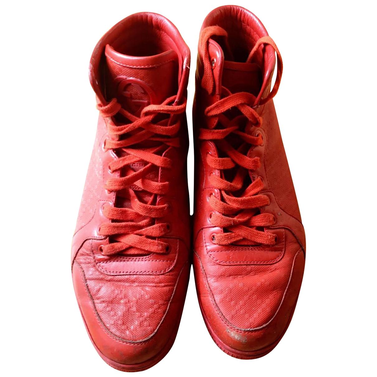 Gucci \N Sneakers in  Rot Leder