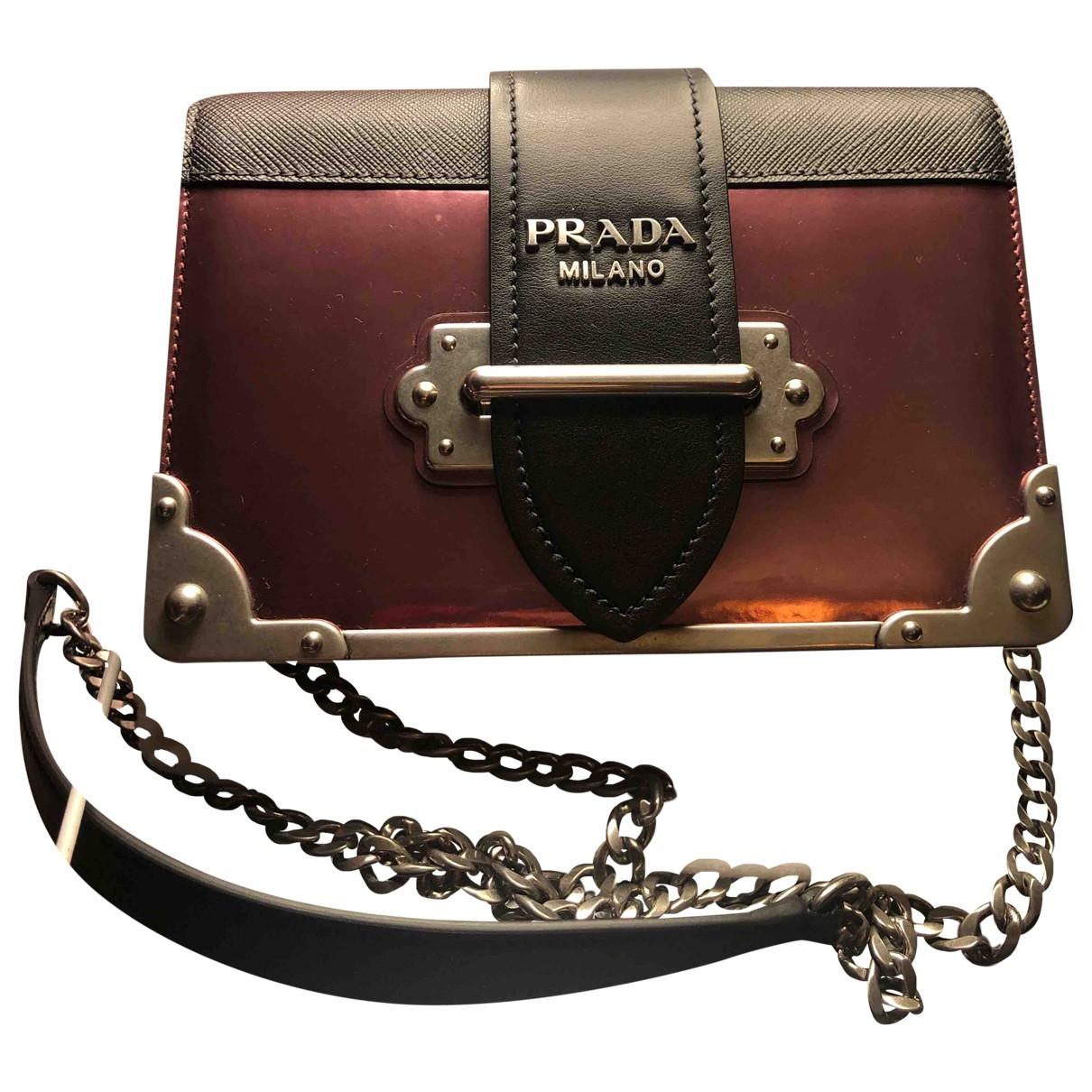 Prada Cahier Handtasche in  Rosa Lackleder
