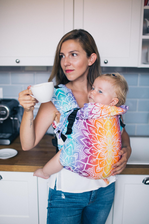 Babytrage Be Lenka 4ever - Mandala - Tag breit mit der Moglichkeit der Uberquerung