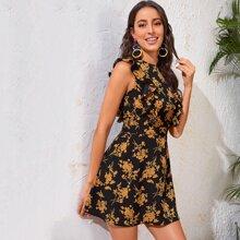 Kleid mit Raffung und Blumen Muster