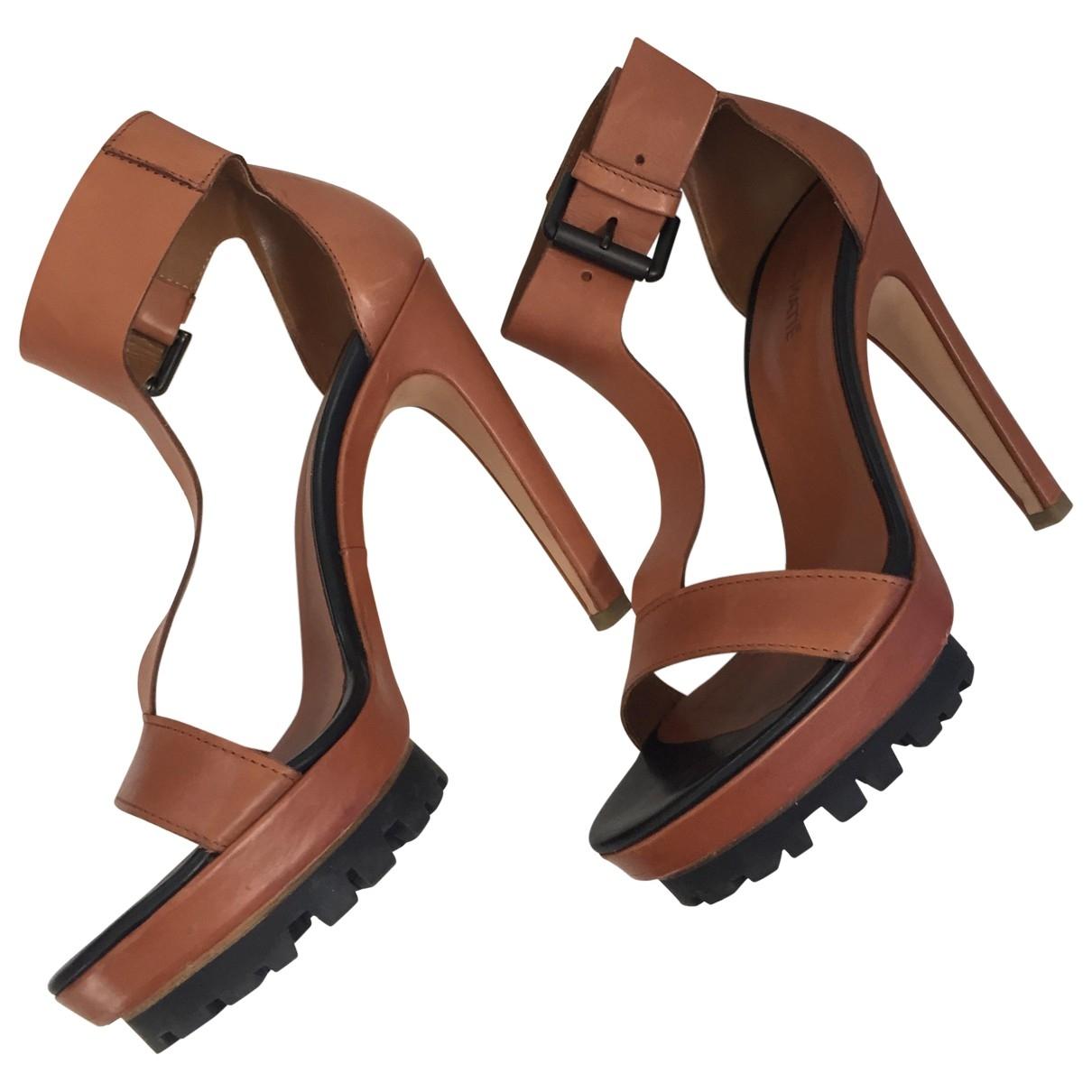Sandalias romanas de Cuero Vic Matie